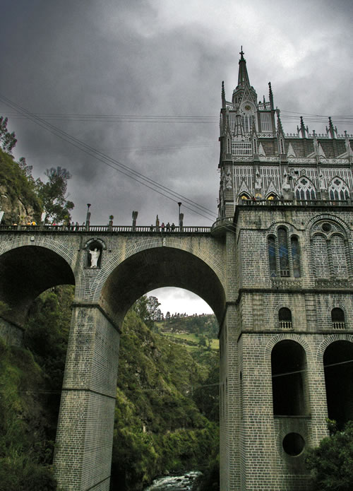Las Lajas Cathedral, side view from the bottom (Image Credit: julkastro (Flickr))
